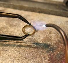 Jewelry Tutorial Making A Cabochon Twist Wire Pendant